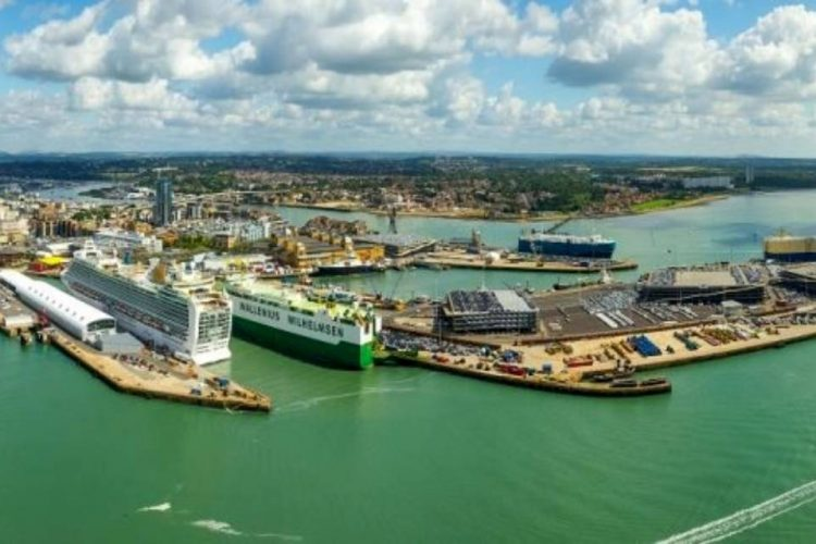 Verizon Business signs its first European private 5G contract for IoT with Associated British Ports